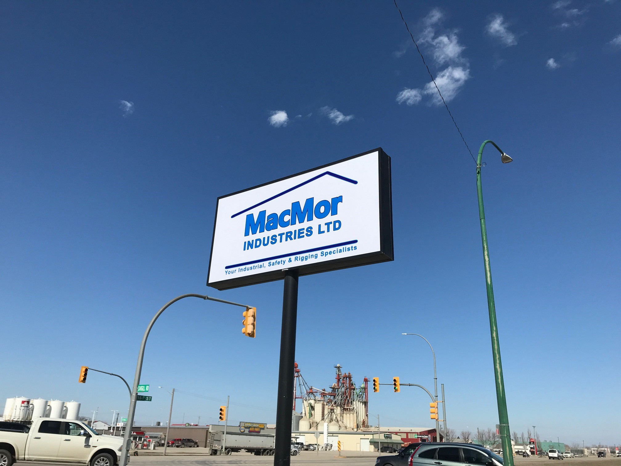 Pylon Sign at new Winkler location